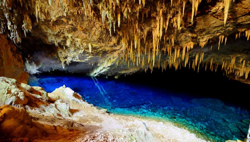 Bonito Lago Azul